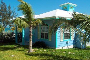 Séjournez dans des cottages colorés à l'esprit caribéen