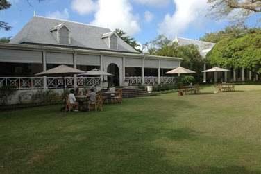 Dans le nord de l'île, la Demeure Saint Antoine est une très belle demeure de charme