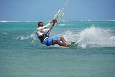Profitez de votre séjour à Rodrigues pour vous adonner aux joies du kitesurf