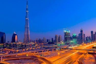 Face à la Burj Khalifa et au milieu des centres commerciaux les plus réputés...