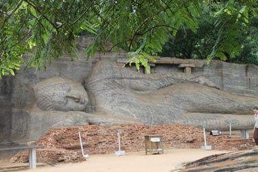 Des statues impressionnantes vous attendent à Polonnaruwa