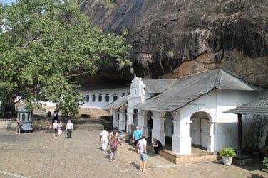 Les grottes de Dambulla, creusées dans la roche